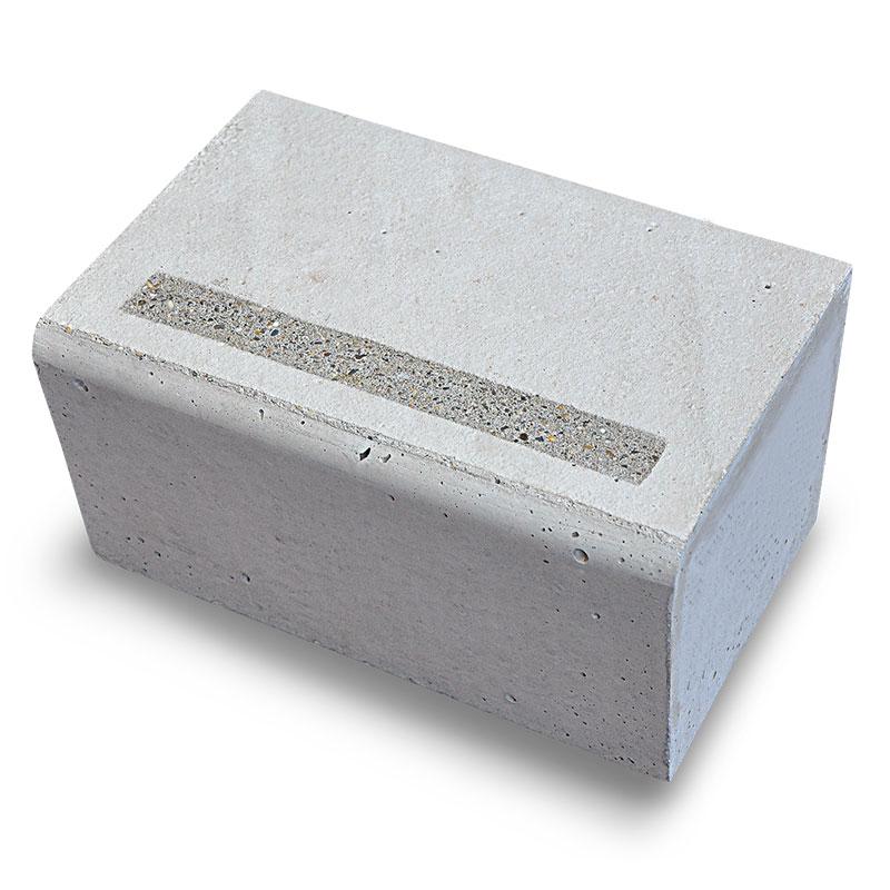 PBM Groupe Produit Batiment Escalier finition bande bouchardee antiderapante